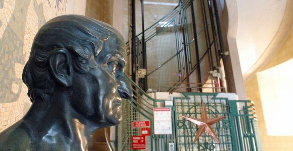 Le Phare du Cap Ferret, exposition Horizons Voyageurs, la galerie basse, buste et ascenseur