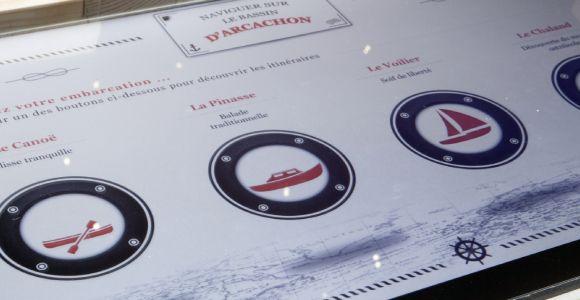 phare_du_cap_ferret_exposition_horizons_voyageurs_salle_de_navigation_3